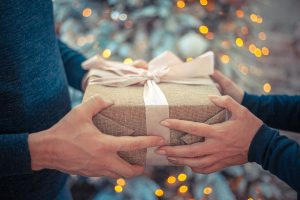 gift giving from spending in your christmas budget